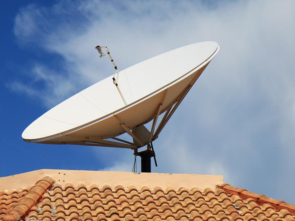 Addio parabola e decoder, presto la TV sarà su internet