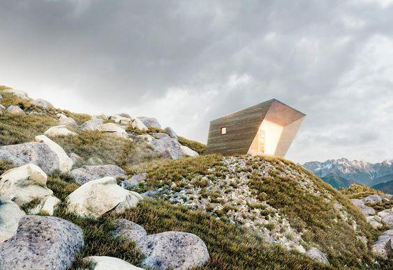 Edilizia sostenibile: la casa del futuro è mini e portatile